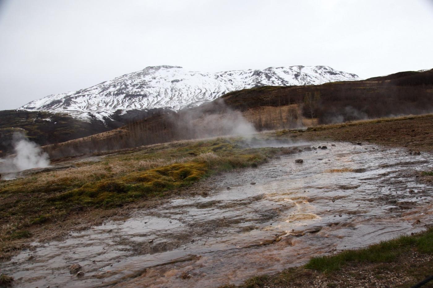 冰岛热带温泉美景,游客流连忘返_图1-16