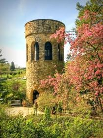 百年长木公园钟塔,钟声洪亮优美