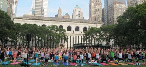 """高娓娓:美国人跳什么""""广场舞""""?一千人一起练瑜伽你见过吗? ..._图1-13"""