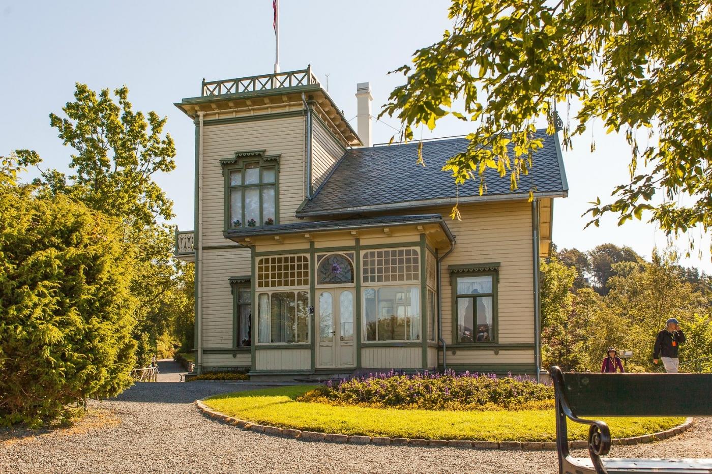 挪威作曲家爱德华-格里格,故居环境很漂亮_图1-11