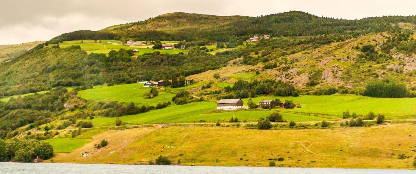 北欧风光,俯瞰小镇面貌_图1-15