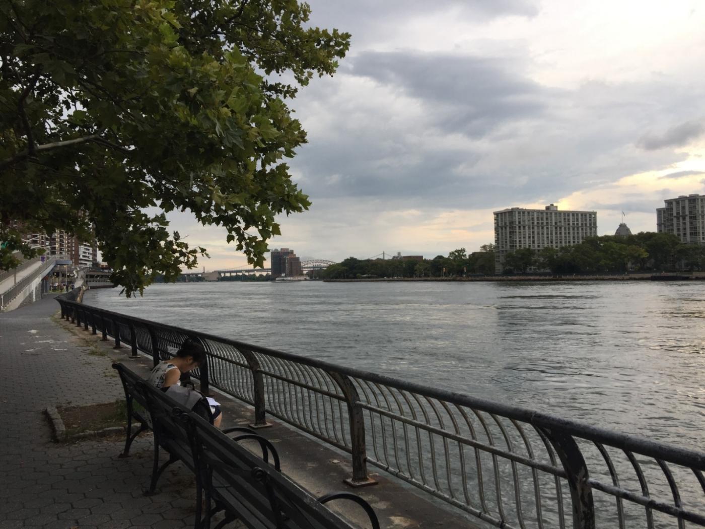 回头一瞅 美在东河 Manhattan East River_图1-2