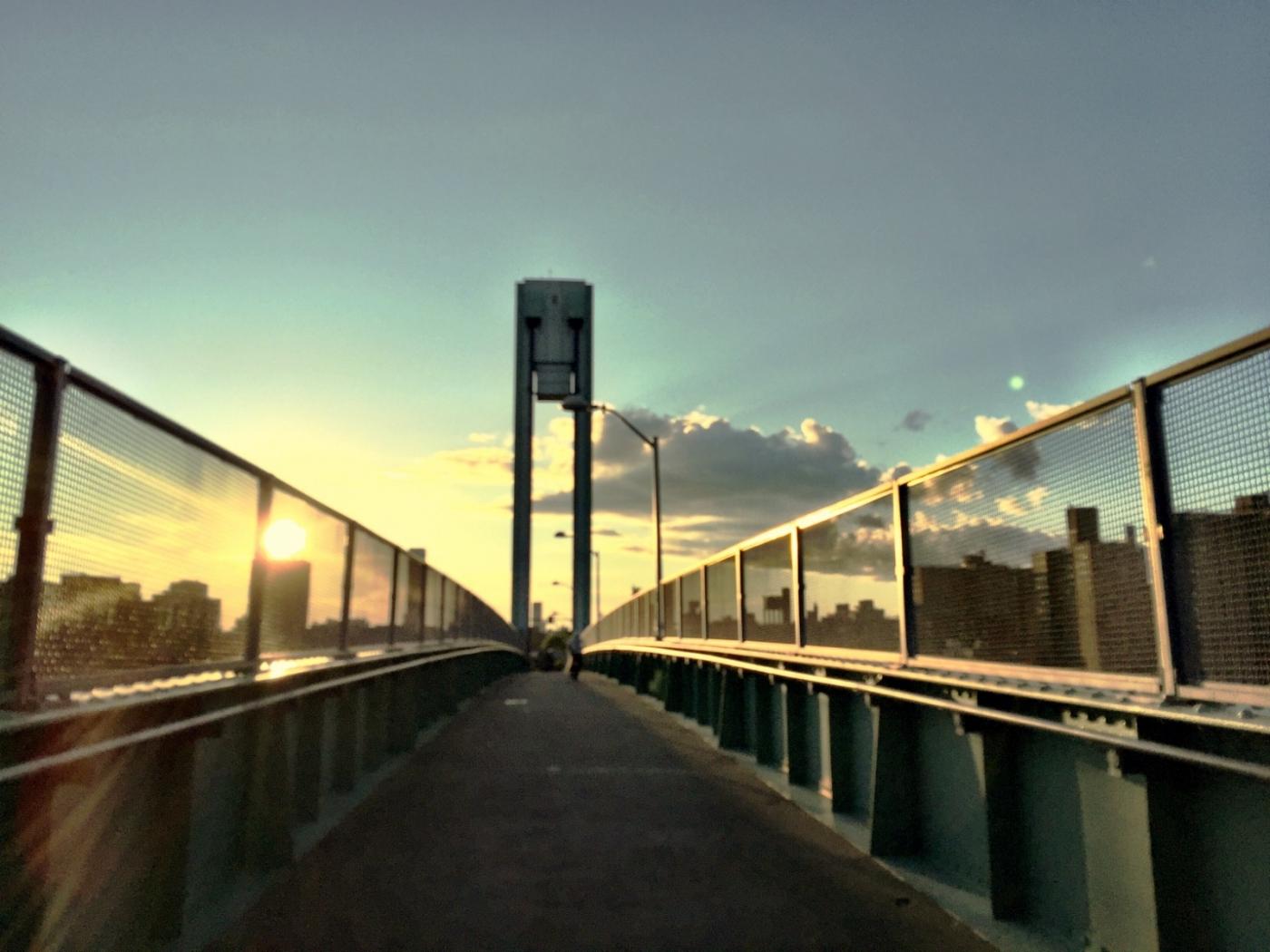 回头一瞅 美在东河 Manhattan East River_图1-18