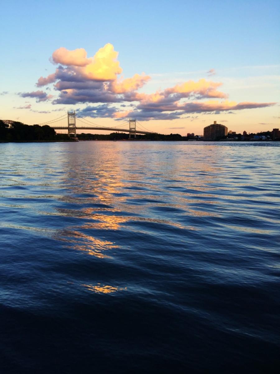 回头一瞅 美在东河 Manhattan East River_图1-24