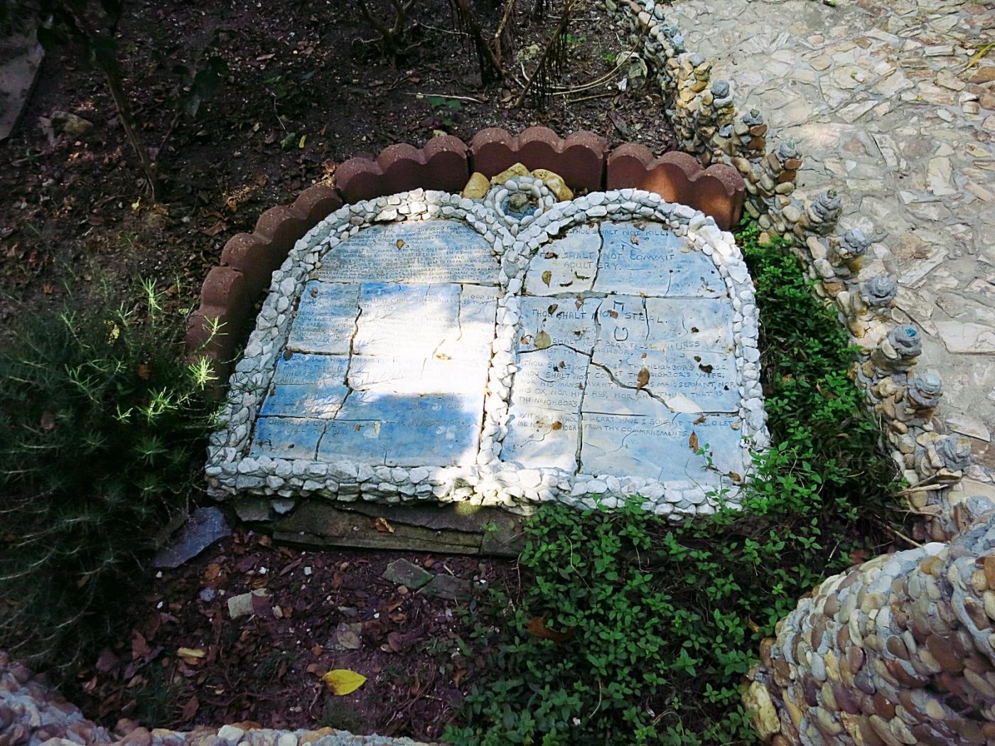 Rock Garden in Calhoun GA - 1_图1-9