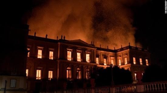 2000万件文物在一场大火中惨被烧毁_图1-4