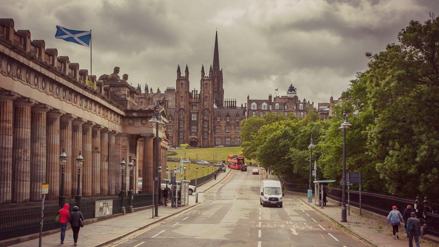 苏格兰爱丁堡,十字路口看风景_图1-5