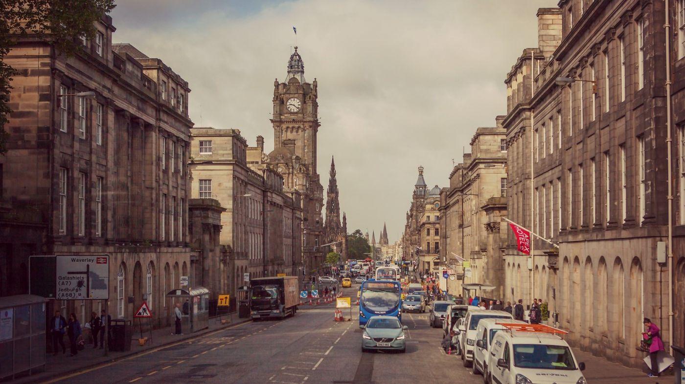 苏格兰爱丁堡,十字路口看风景_图1-1