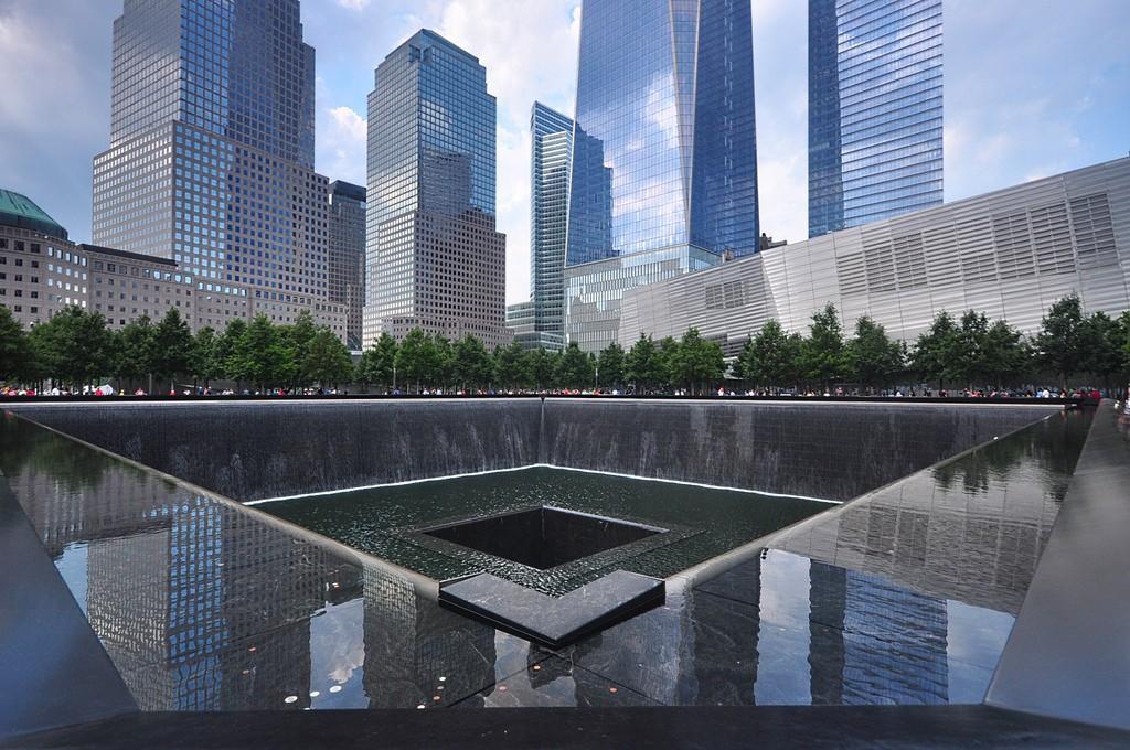 911恐怖袭击17年后的回顾和反思_图1-2