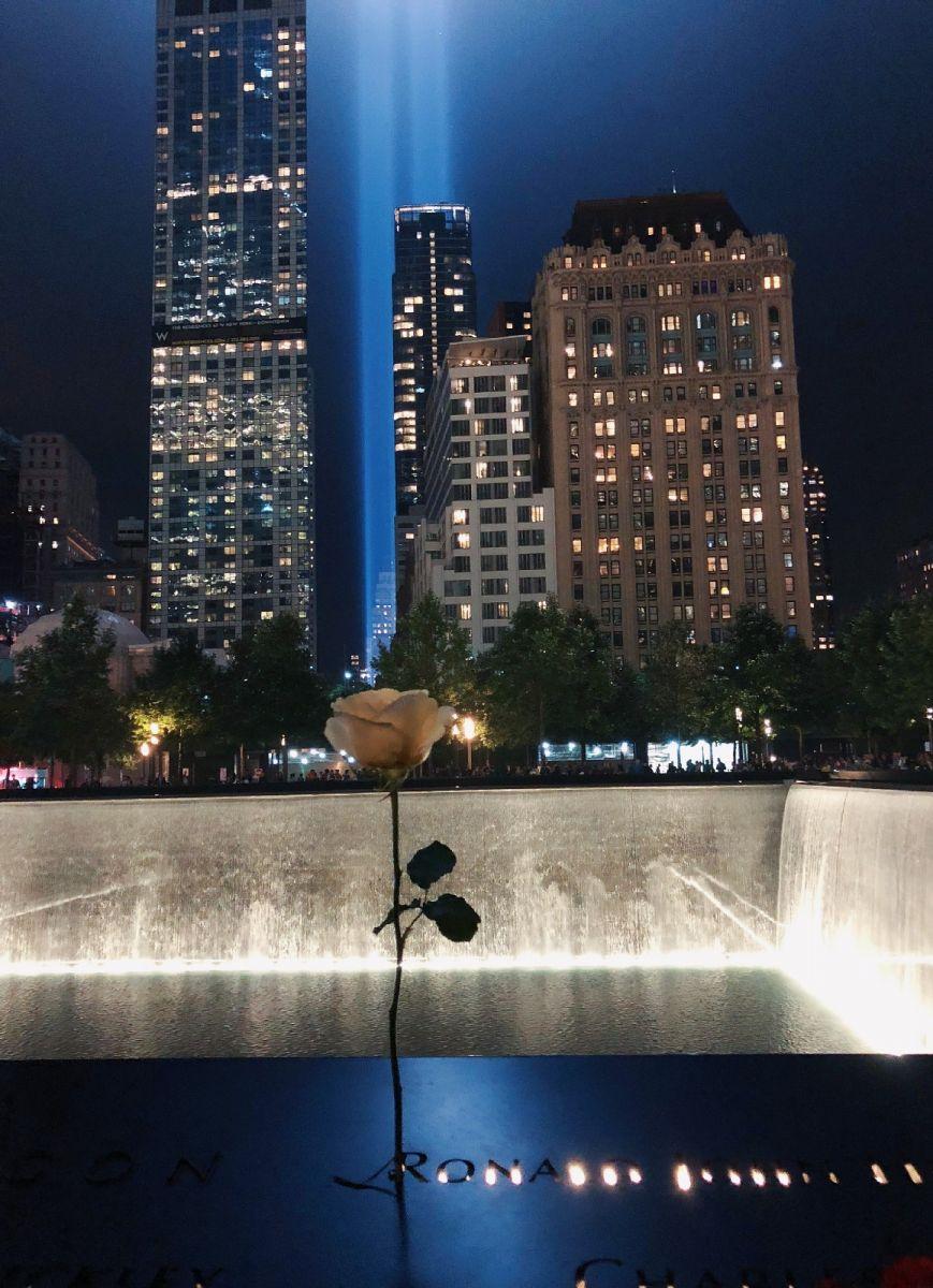 【田螺手机摄影】拍摄灯柱纪念911恐襲17周年_图1-5
