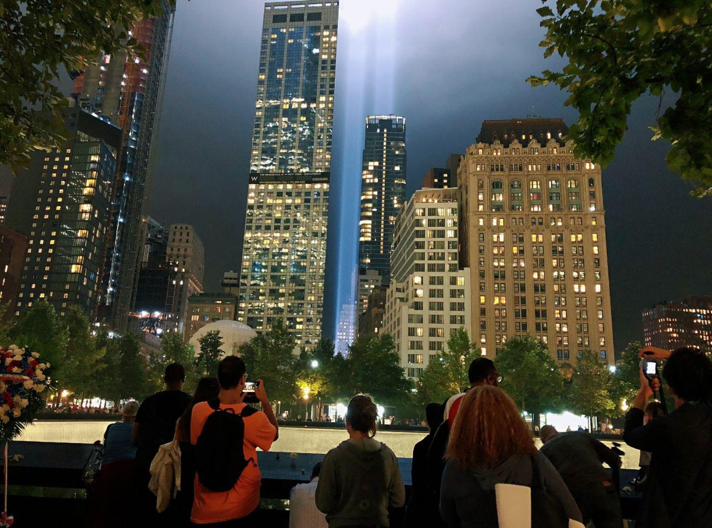 【田螺手机摄影】拍摄灯柱纪念911恐襲17周年_图1-8