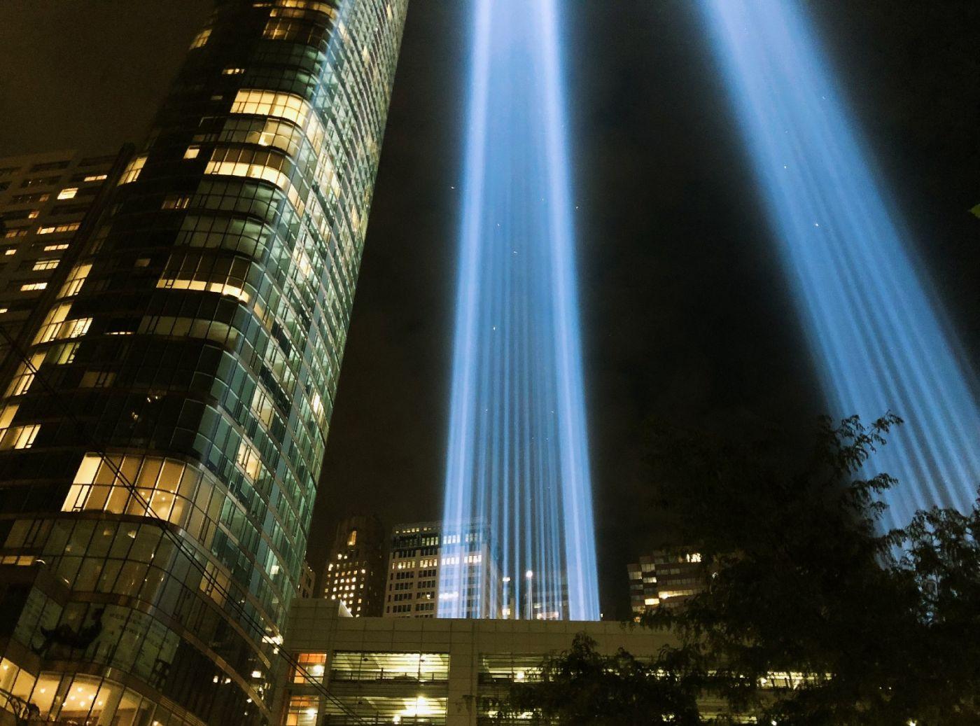 【田螺手机摄影】拍摄灯柱纪念911恐襲17周年_图1-11