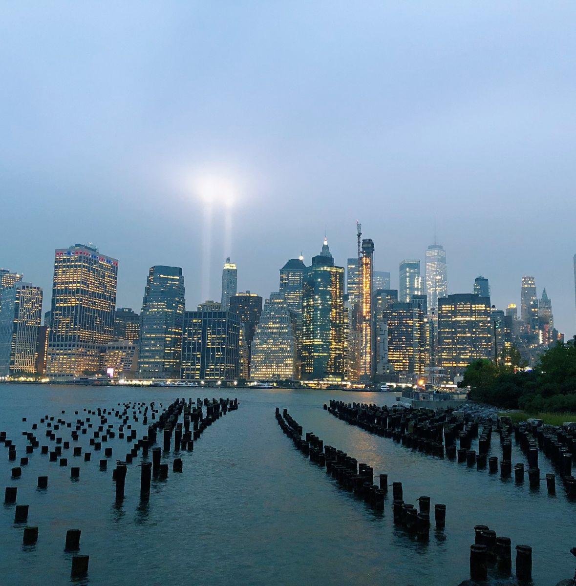 【田螺手机摄影】拍摄灯柱纪念911恐襲17周年_图1-16