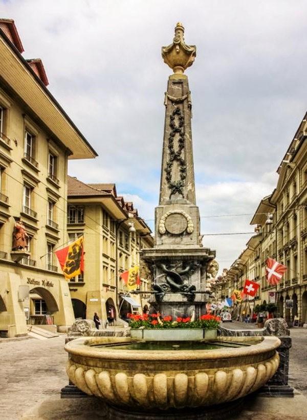 伯尔尼---瑞士的老城首都_图1-2