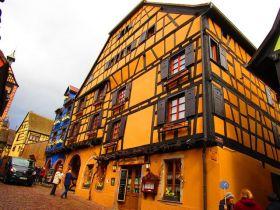 阿尔萨斯--法国多色彩的旧城
