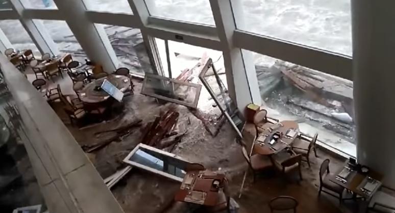 惨不忍睹:狂风袭击下的美国和香港_图1-5
