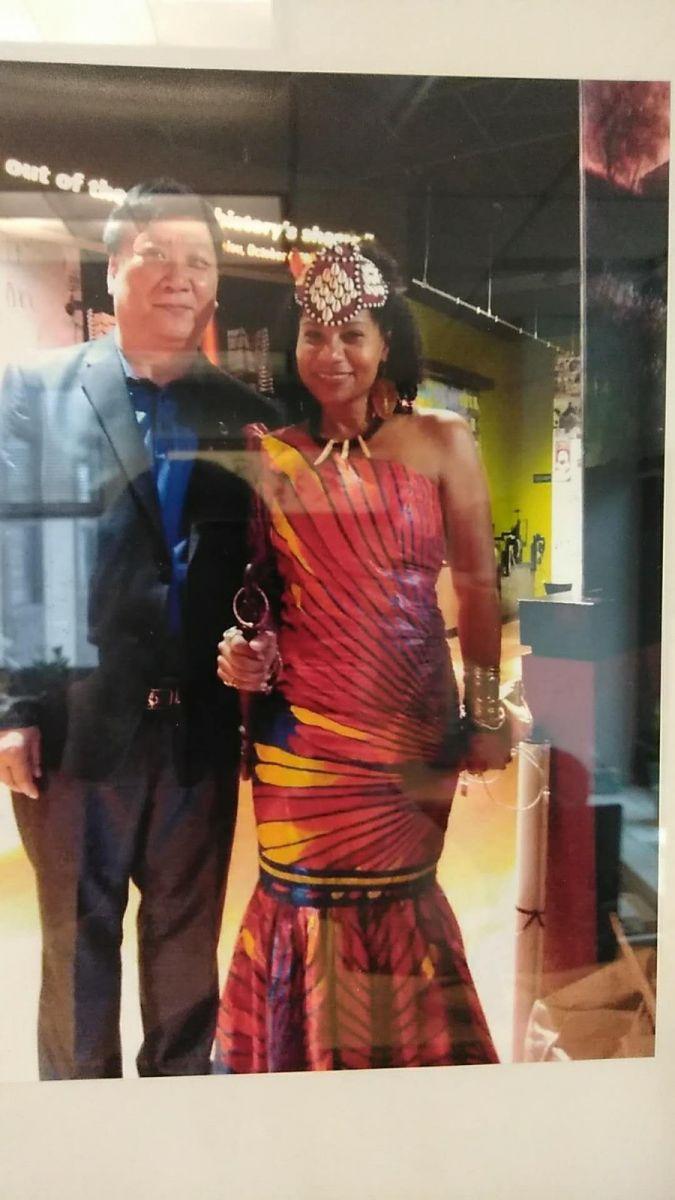 王先生的真实身份曝光-和非洲多个国家的国王、皇后和 总统_图1-9