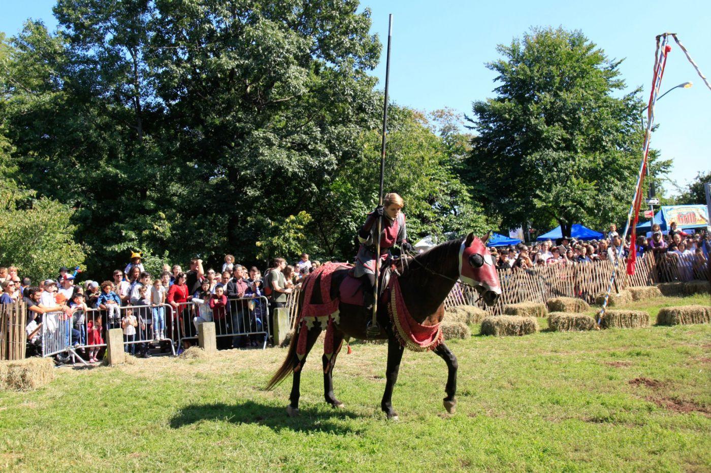 一年一度的崔恩堡公园中世纪节热闹非凡_图1-20
