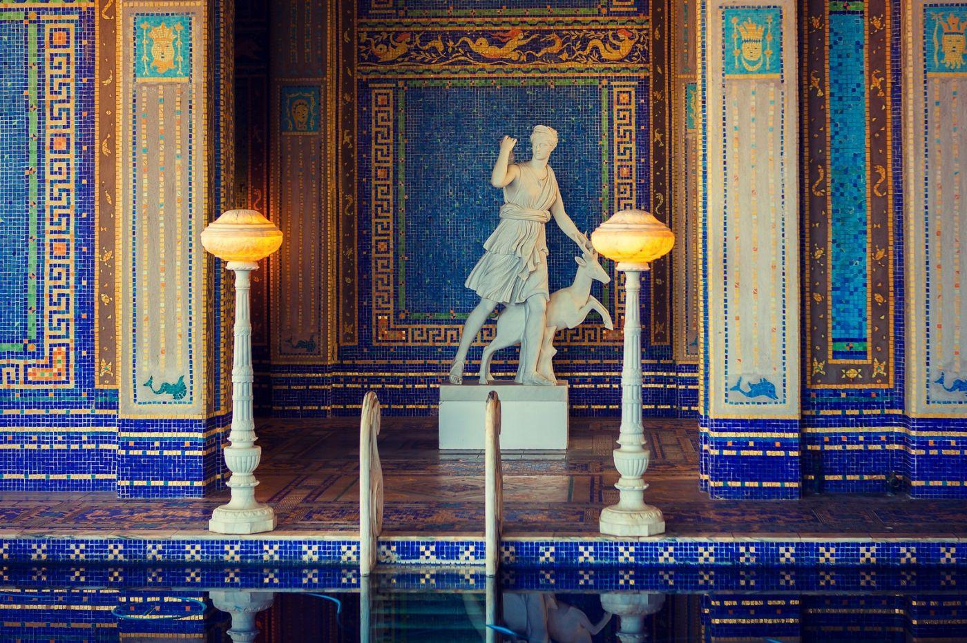 加州赫斯特城堡,主人的游泳池很开眼_图1-2