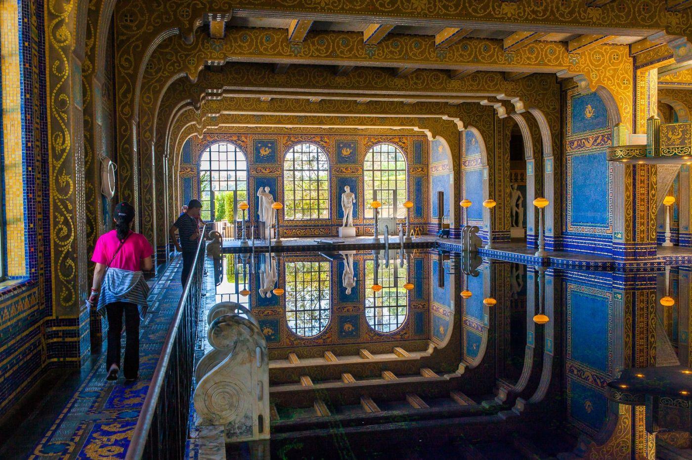 加州赫斯特城堡,主人的游泳池很开眼_图1-3