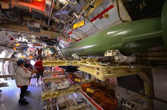 奥内达加冷战潜艇_图1-6