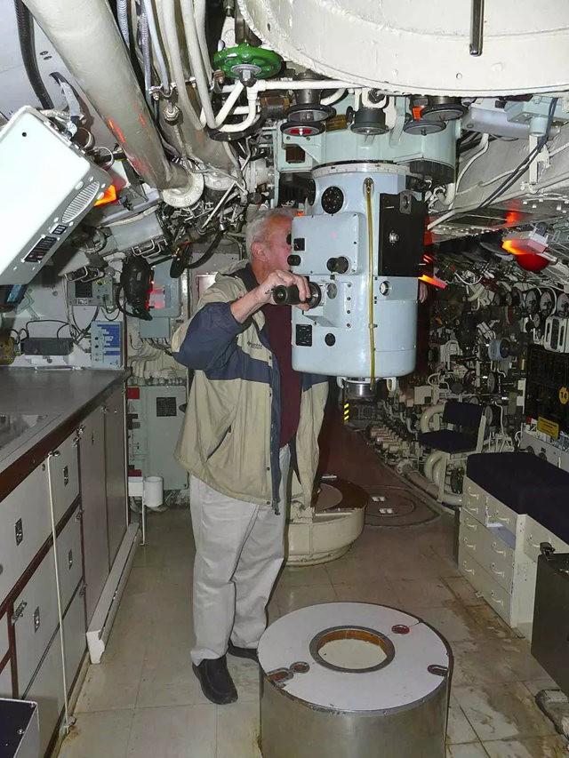 奥内达加冷战潜艇_图1-9