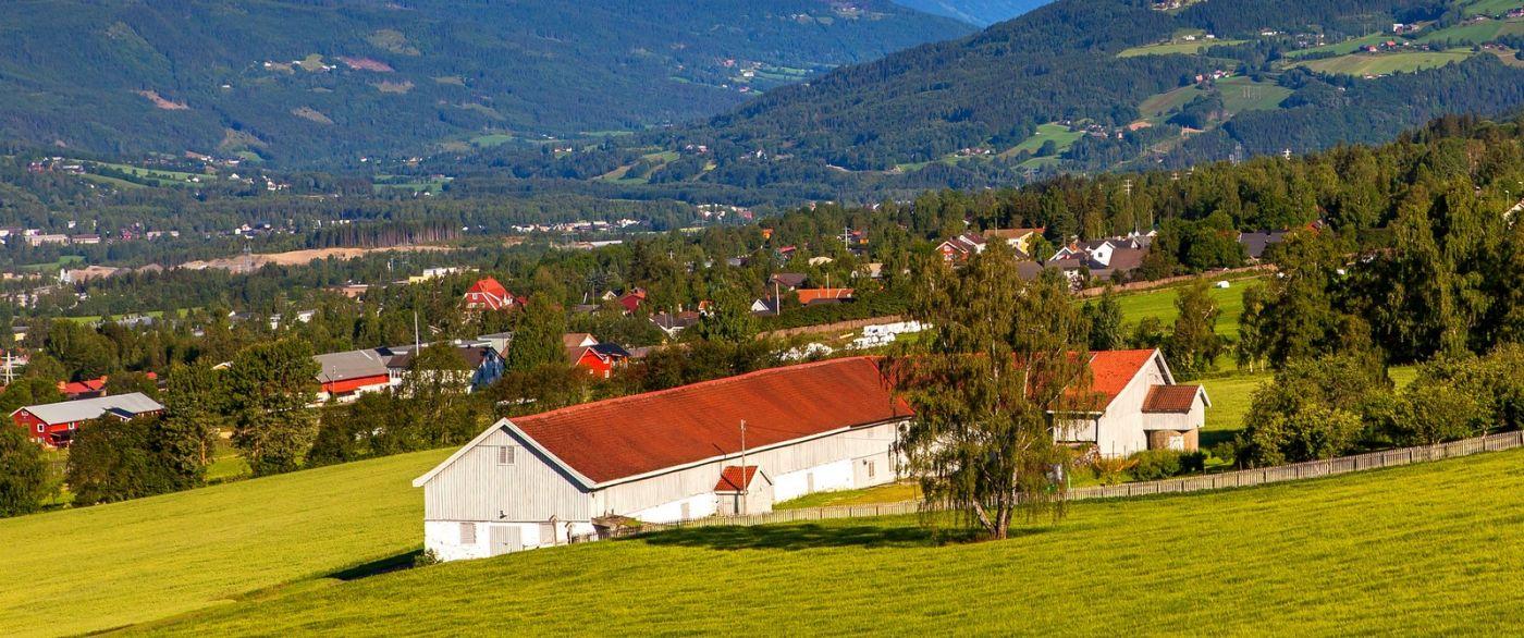 挪威利勒哈默尔(Lillehammer),美丽的小城依山傍水_图1-2
