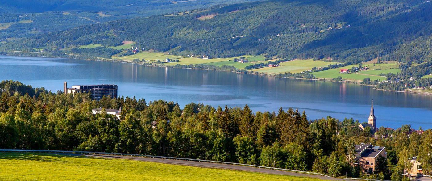 挪威利勒哈默尔(Lillehammer),美丽的小城依山傍水_图1-1