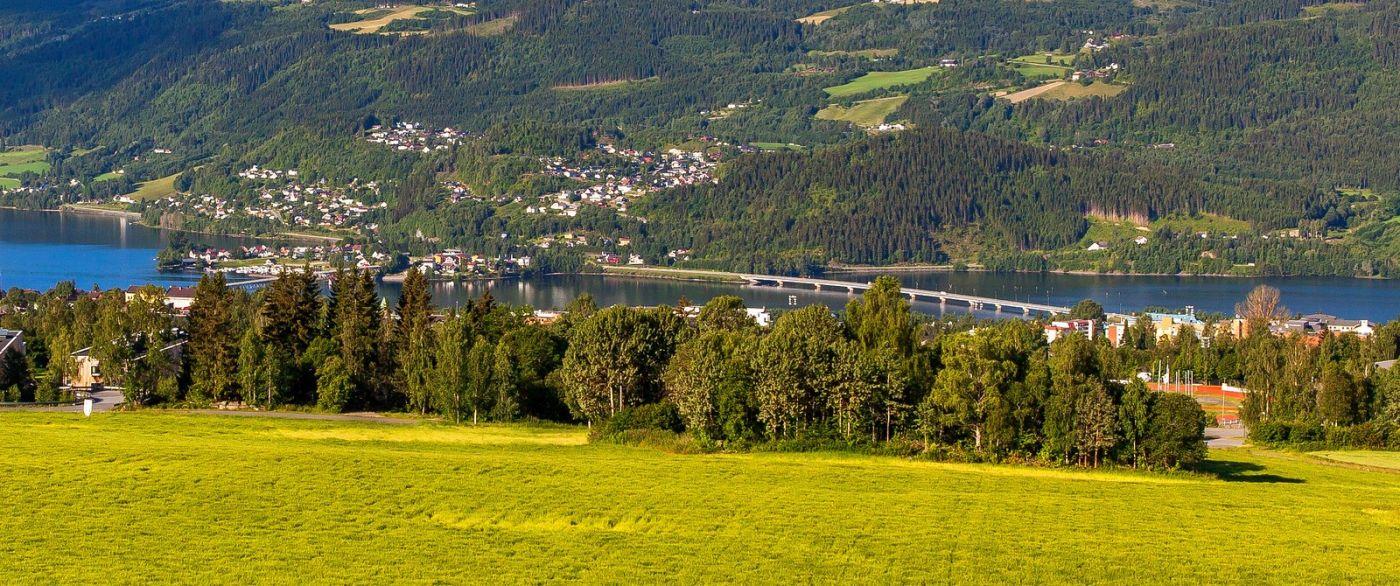 挪威利勒哈默尔(Lillehammer),美丽的小城依山傍水_图1-3