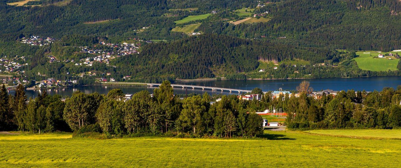 挪威利勒哈默尔(Lillehammer),美丽的小城依山傍水_图1-6
