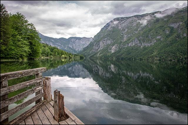 博希尼湖看瀑布_图1-2
