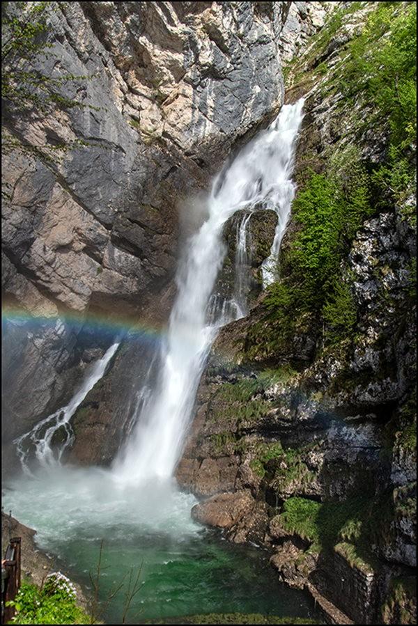 博希尼湖看瀑布_图1-3