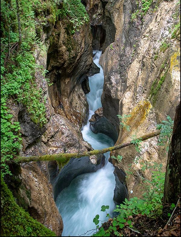 博希尼湖看瀑布_图1-4