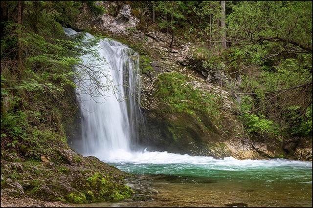 博希尼湖看瀑布_图1-6