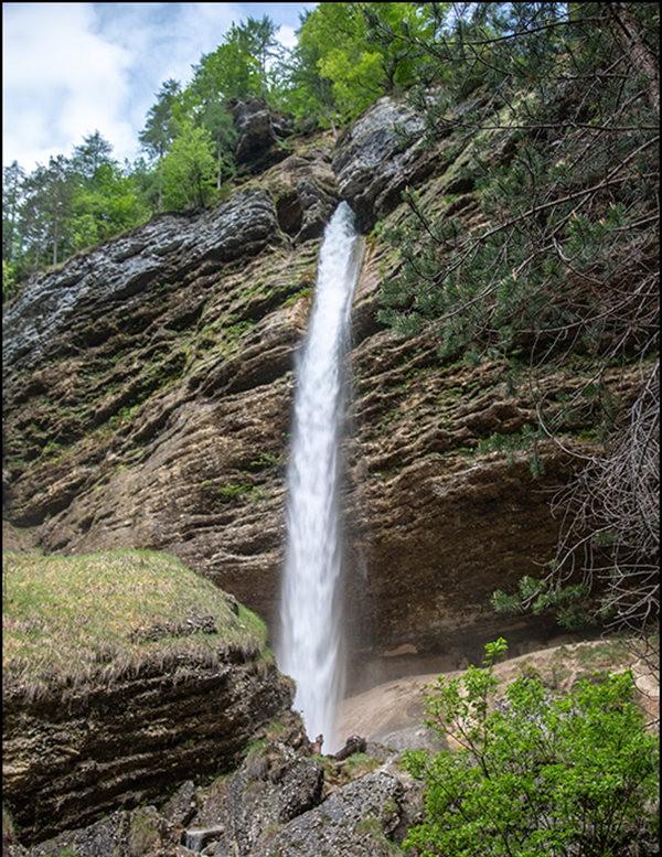 博希尼湖看瀑布_图1-9