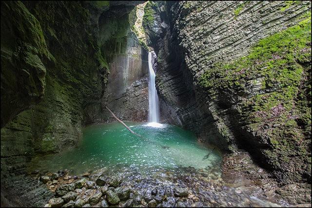 博希尼湖看瀑布_图1-23