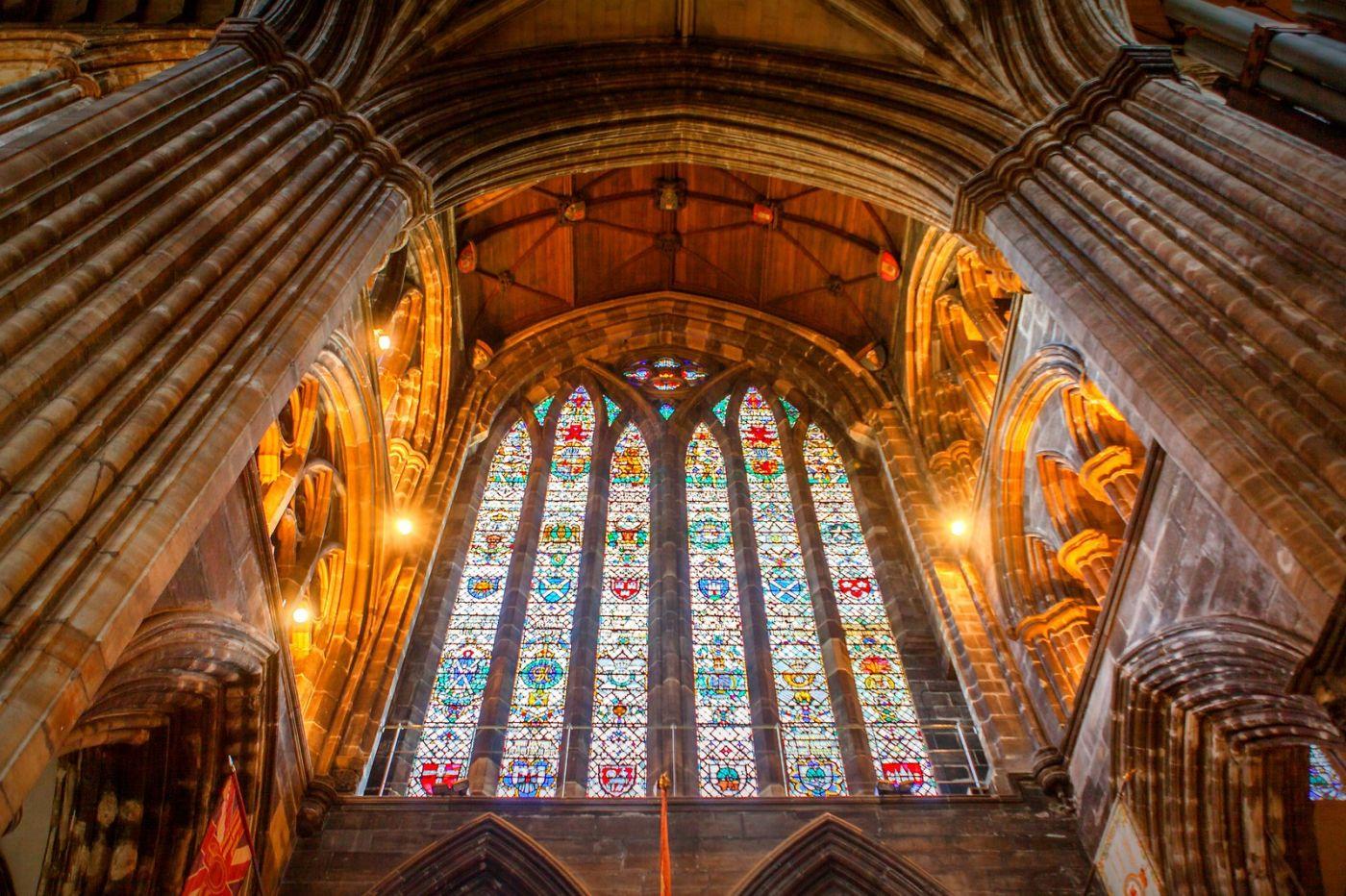 格拉斯哥大教堂,辉煌的窗户玻璃_图1-20
