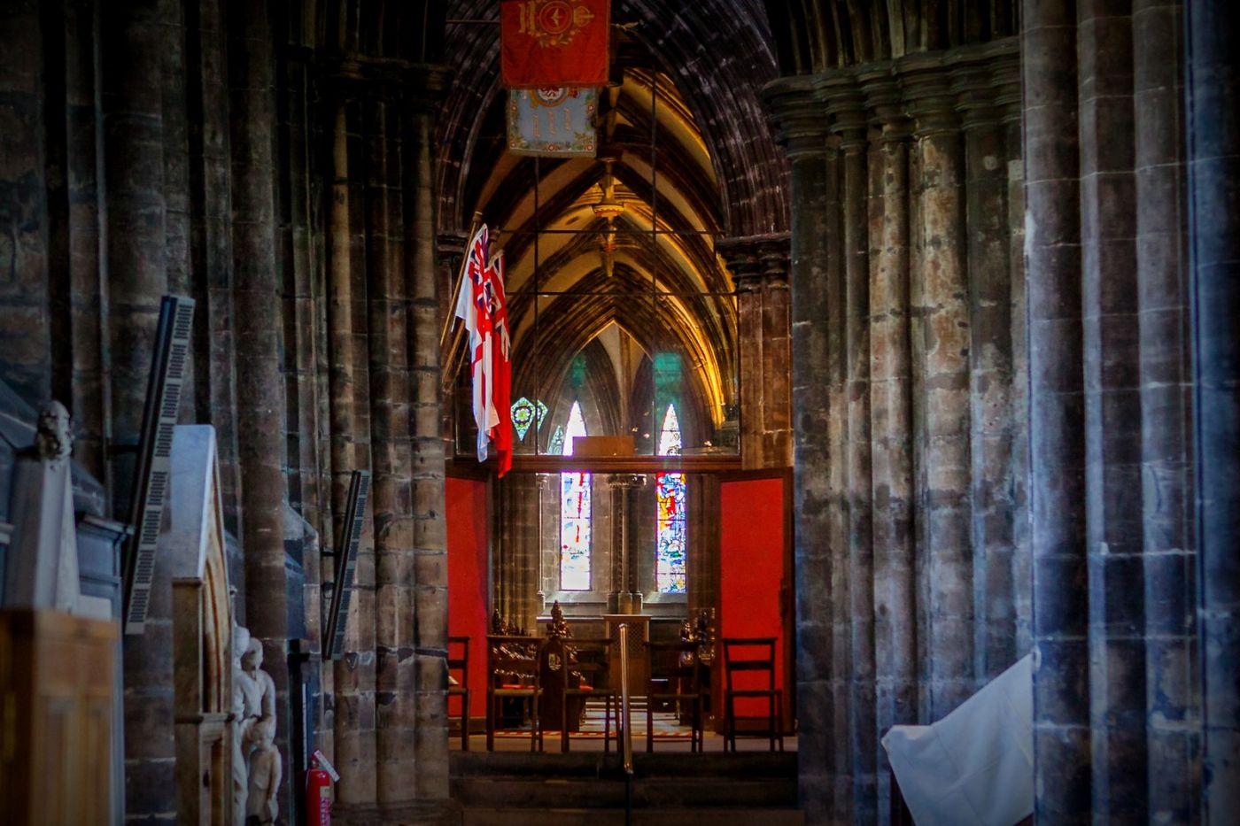 格拉斯哥大教堂,辉煌的窗户玻璃_图1-15