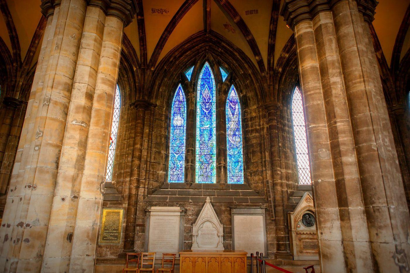 格拉斯哥大教堂,辉煌的窗户玻璃_图1-14