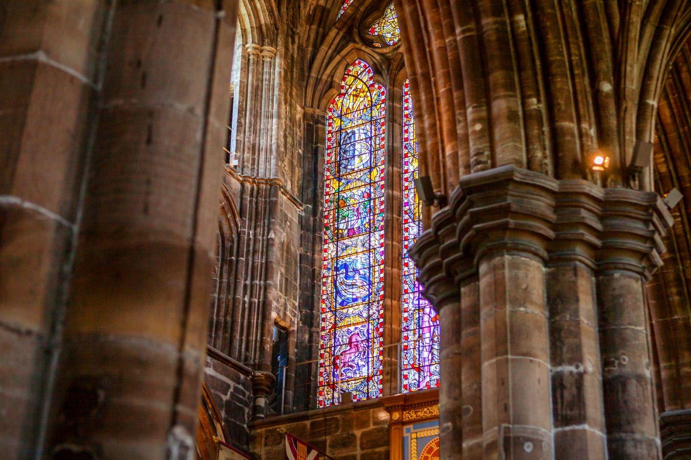 格拉斯哥大教堂,辉煌的窗户玻璃_图1-13