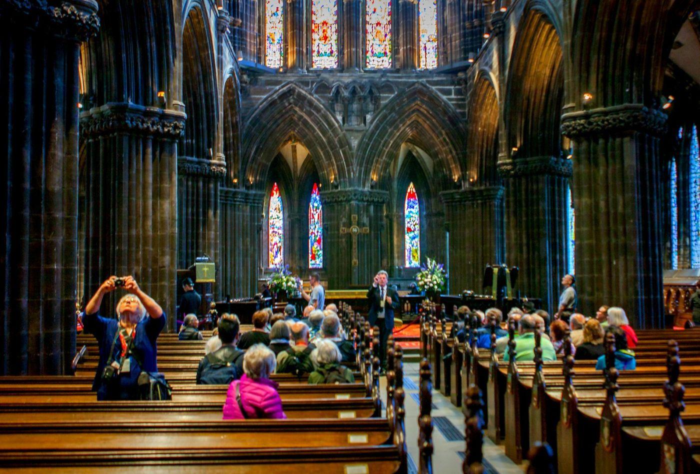 格拉斯哥大教堂,辉煌的窗户玻璃_图1-9