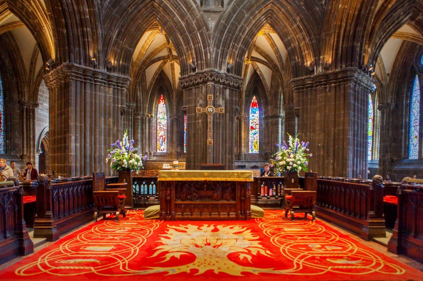 格拉斯哥大教堂,辉煌的窗户玻璃_图1-8