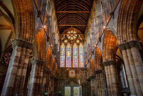 格拉斯哥大教堂,辉煌的窗户玻璃