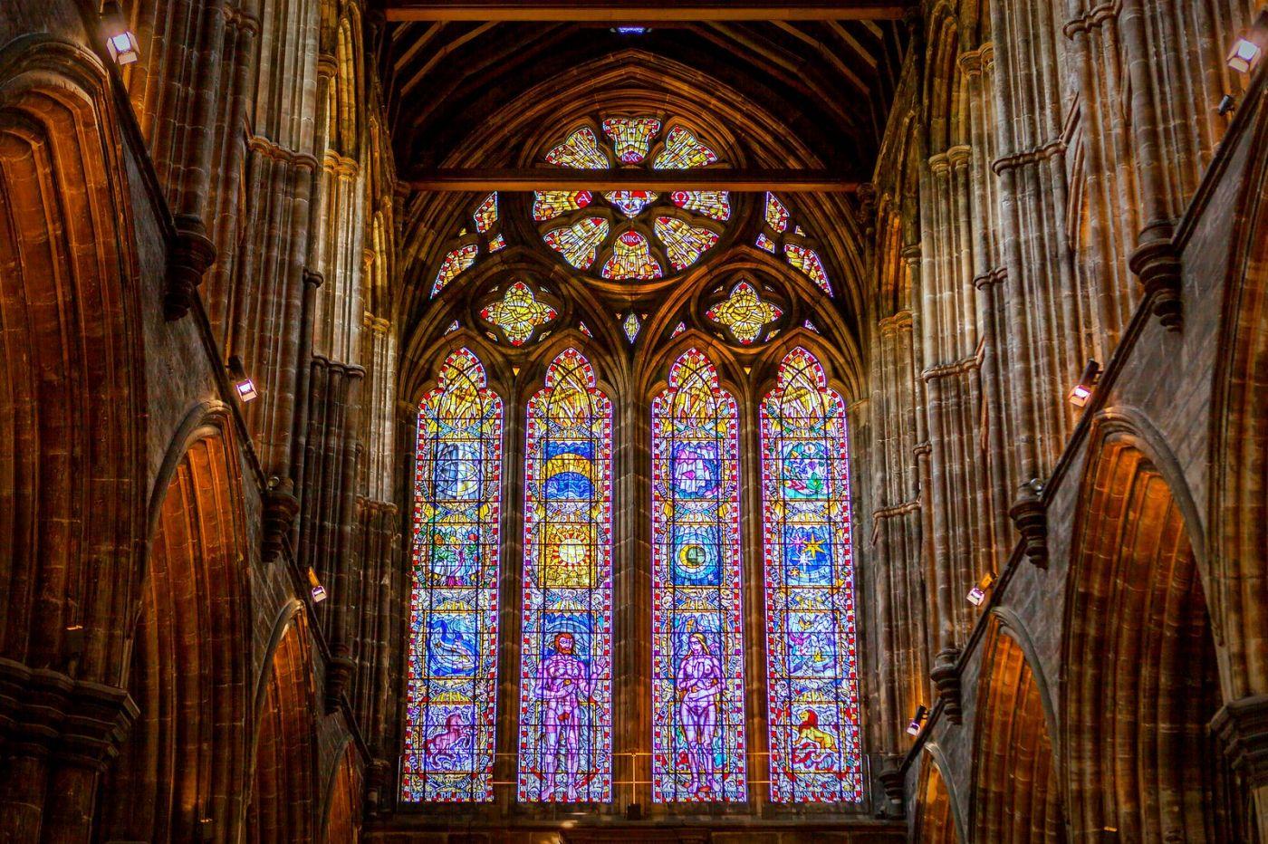 格拉斯哥大教堂,辉煌的窗户玻璃_图1-6