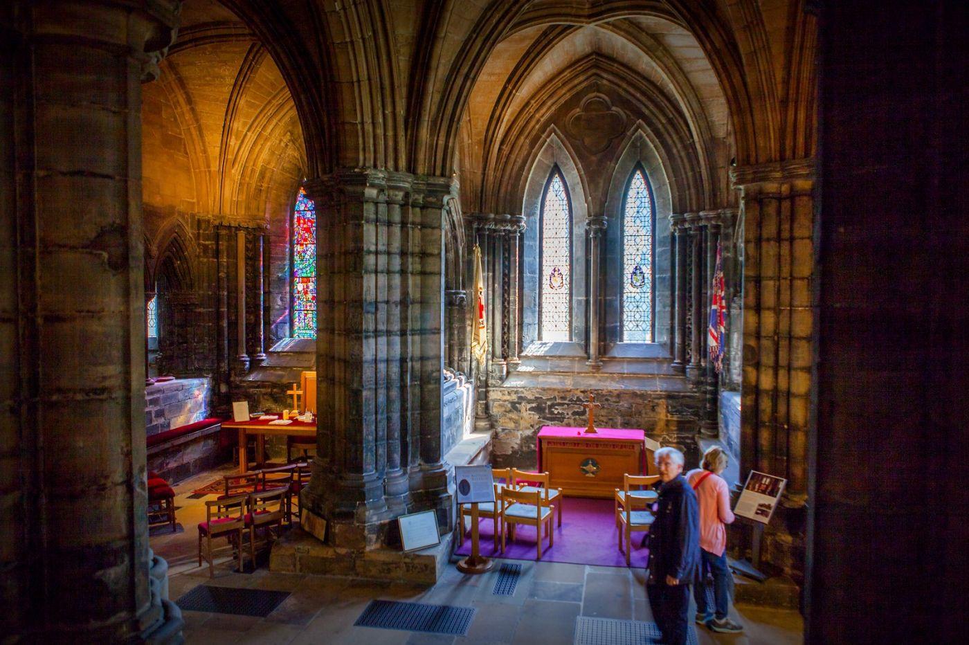 格拉斯哥大教堂,辉煌的窗户玻璃_图1-7