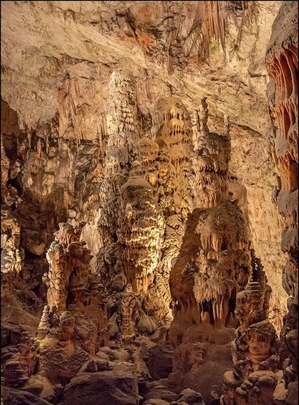 布莱湖洞穴_图1-12