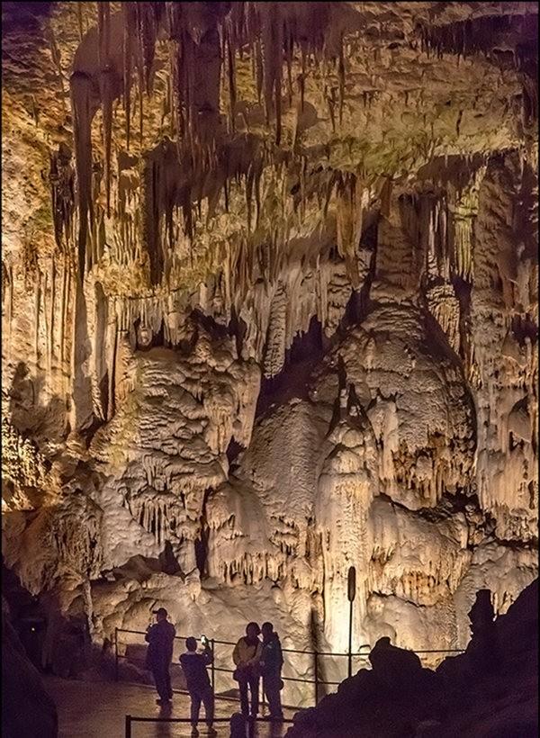 布莱湖洞穴_图1-14