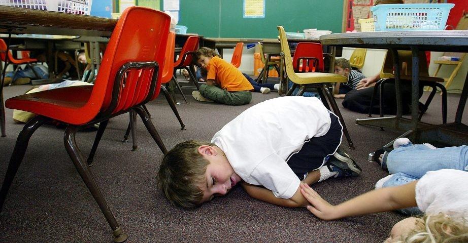 【校园安全问题】会议,提醒你的孩子防范校园枪击问题_图1-2