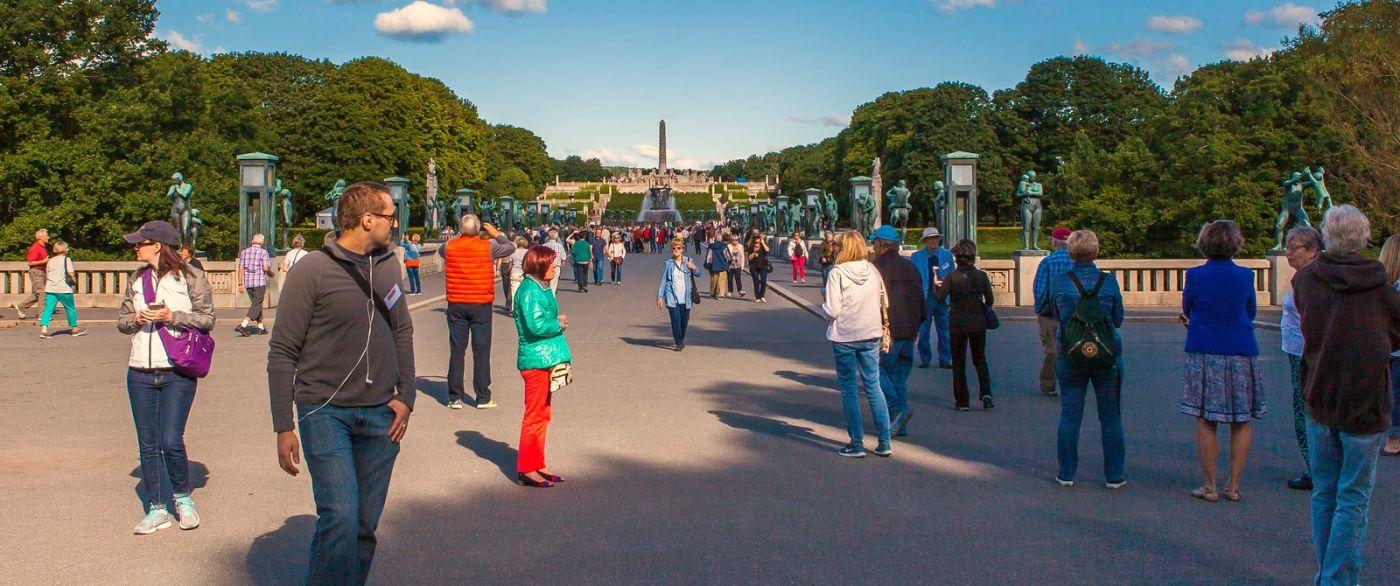 挪威维格兰雕塑公园,很著名的景点_图1-9