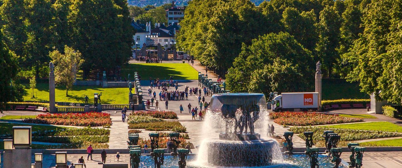 挪威维格兰雕塑公园,很著名的景点_图1-11